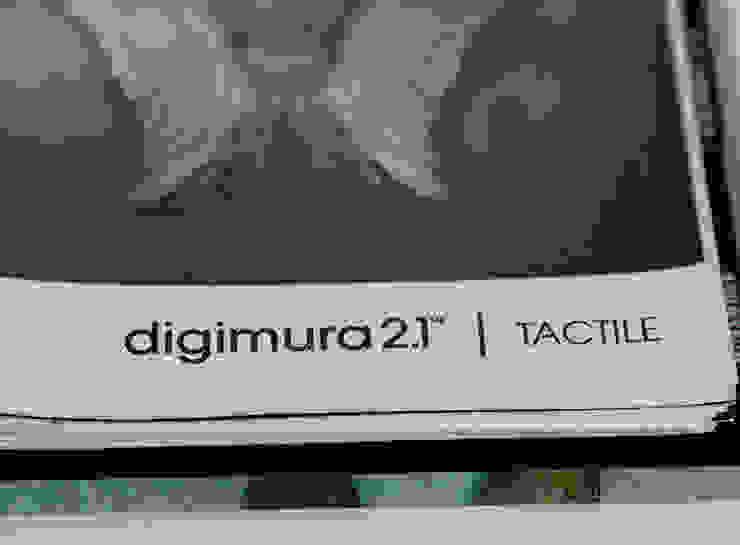 DIGIMURA 2.1 TACTILE Oficinas y tiendas de estilo moderno de Shoptoshop.com Moderno