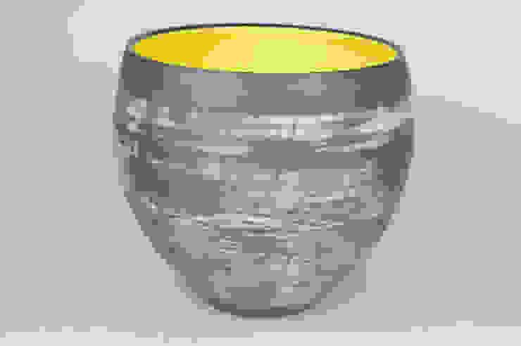 Nebula Bowl, 22cm: minimalist  by Andrew Temple Smith Ceramics, Minimalist