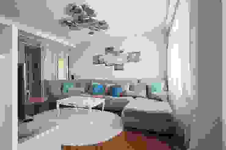 interior of the apartmentin the style of Contemporary من LO designer / architect - designer ELENA OSTAPOVA