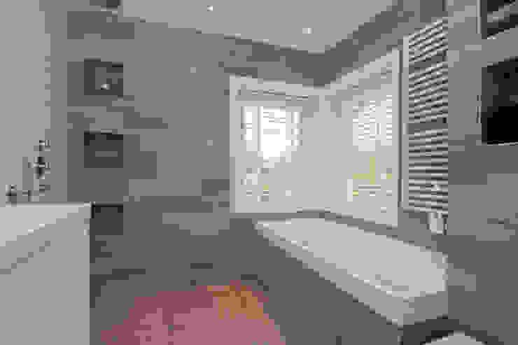 Vergunningsvrije uitbouw Bussum:  Badkamer door Het Ontwerphuis,