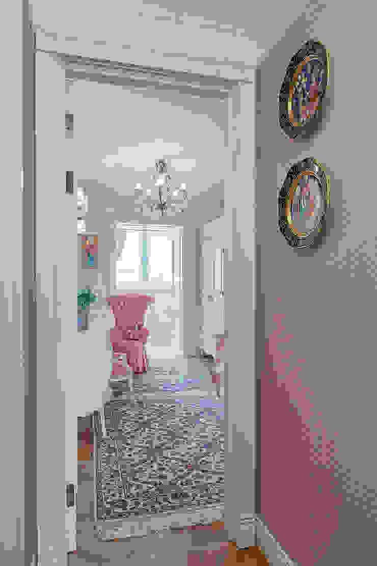 Детская девочки Детская комнатa в классическом стиле от Bituleva Project Классический