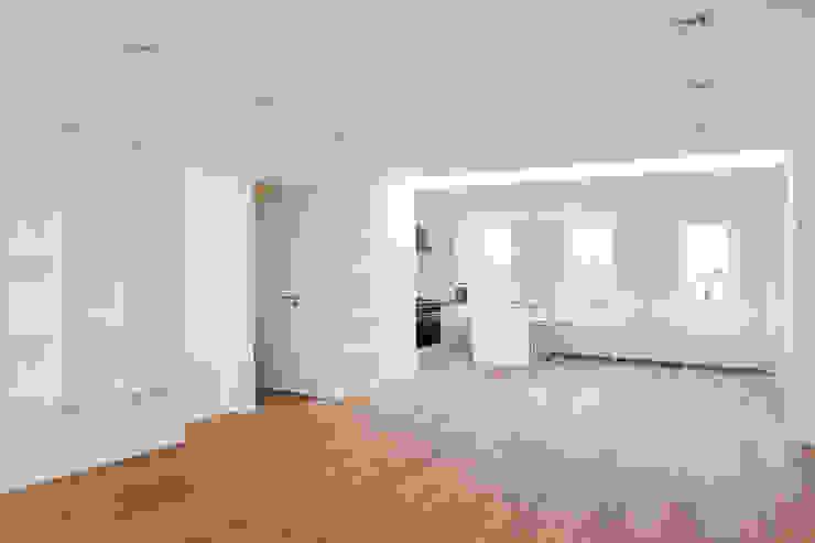 Living room by Het Ontwerphuis,
