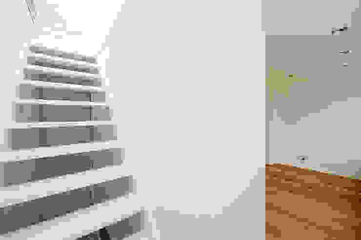 Corridor & hallway by Het Ontwerphuis,