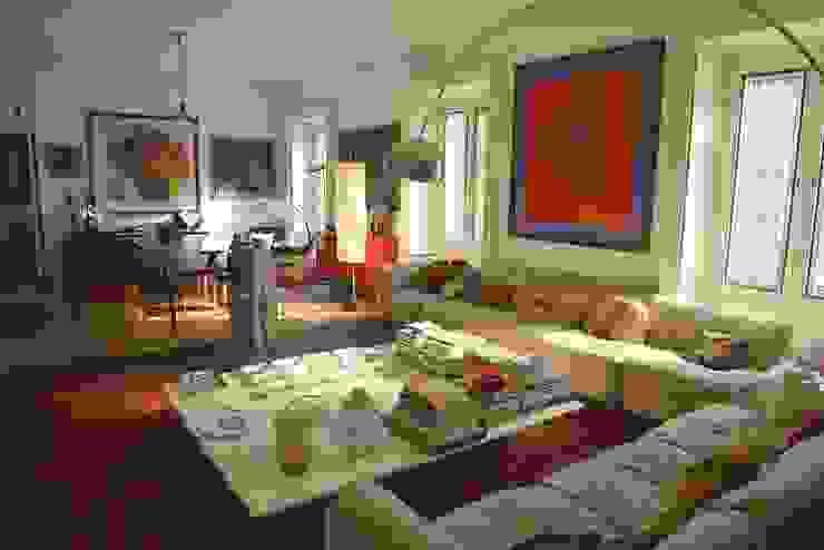 Studio Fori Eclectic style living room
