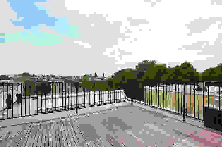 Terrace by Het Ontwerphuis,