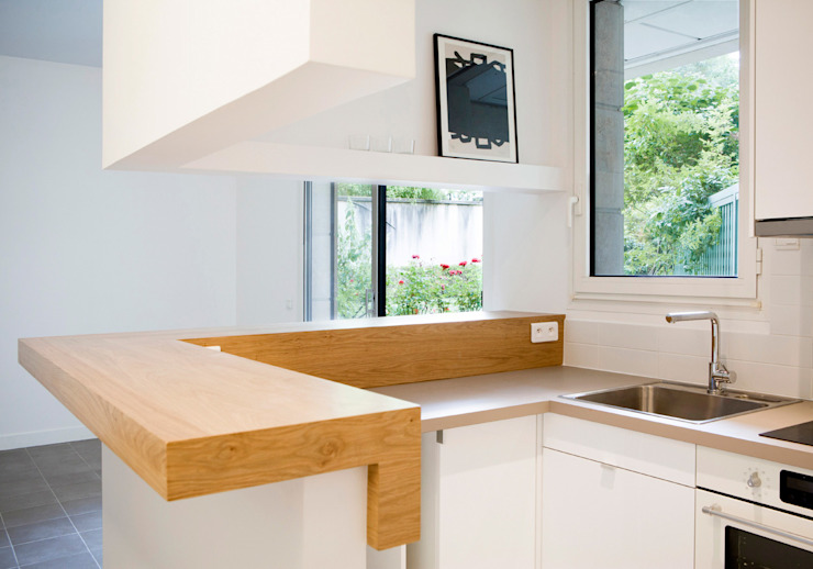Dapur by MELANIE LALLEMAND ARCHITECTURES