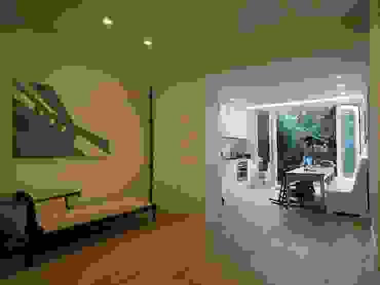 Luxe verbouwing Amsterdam Moderne woonkamers van Het Ontwerphuis Modern