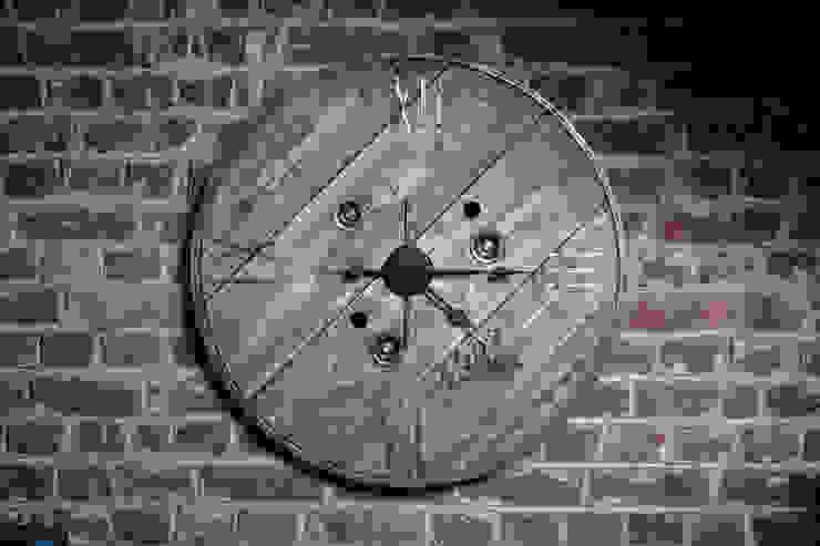 """Horloge """"Initio"""" par Atelier du Parfond Industriel"""