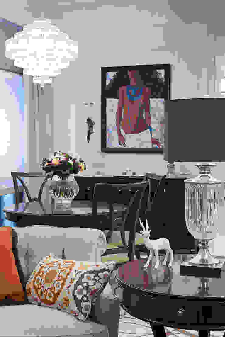 Столовая Столовая комната в эклектичном стиле от Bituleva Project Эклектичный