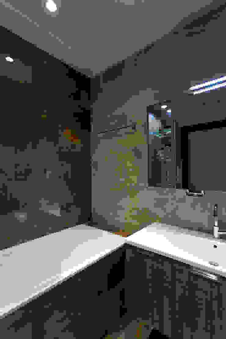 Квартира с характером Ванная комната в стиле минимализм от LPetresku Минимализм
