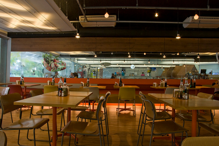 Equilibrium   Comercial Espaços gastronômicos modernos por ARQdonini Arquitetos Associados Moderno