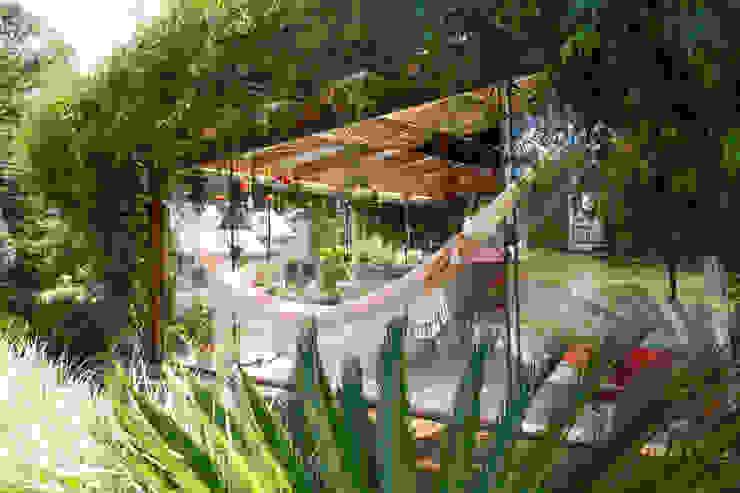 Mediterranean style balcony, veranda & terrace by Brasilchic Mediterranean