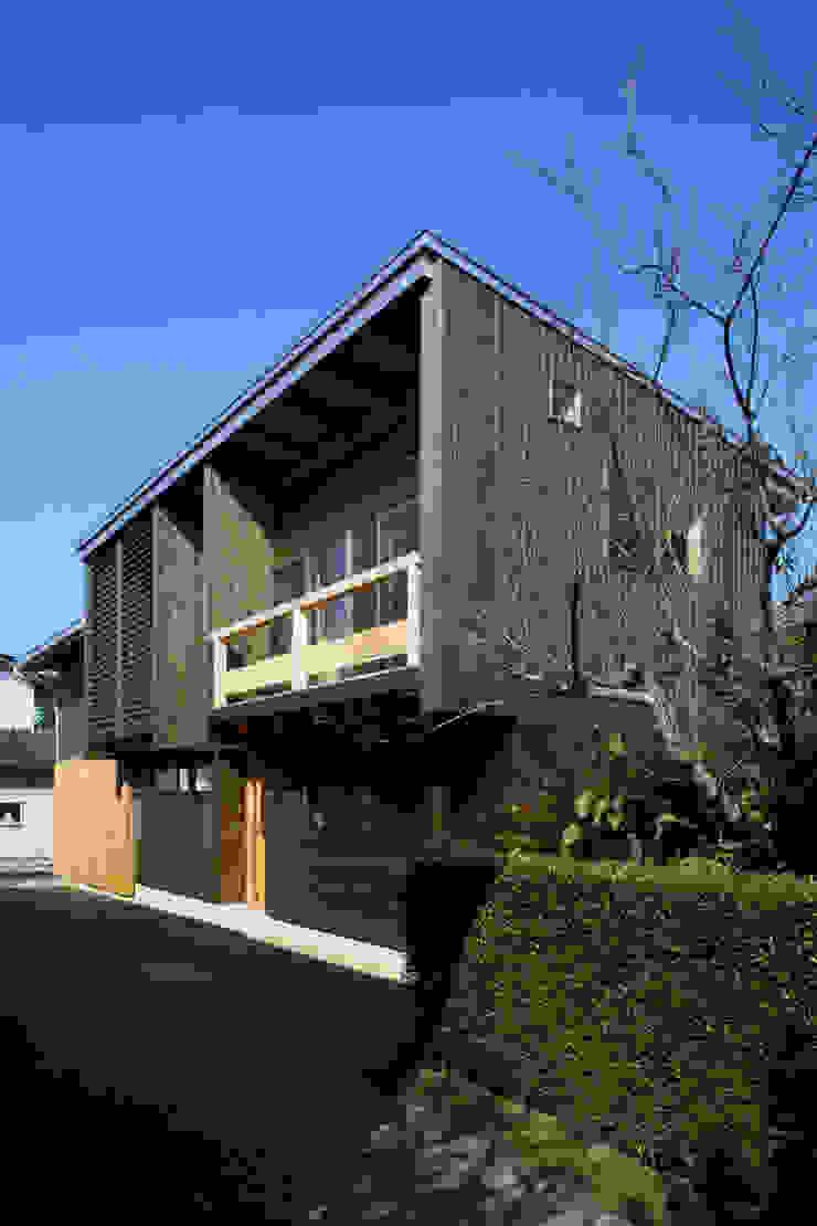 外観 モダンな 家 の 白根博紀建築設計事務所 モダン
