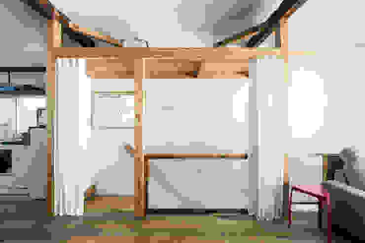 階段 オリジナルスタイルの 玄関&廊下&階段 の coil松村一輝建設計事務所 オリジナル