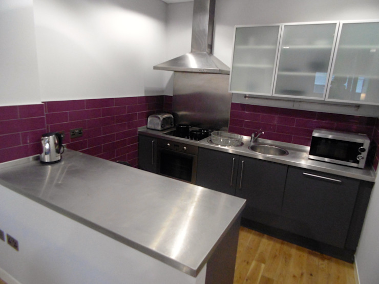 City Centre Apartment, Northern Quarter, Manchester, UK Industrial style kitchen by Flawless Concepts Ltd Industrial