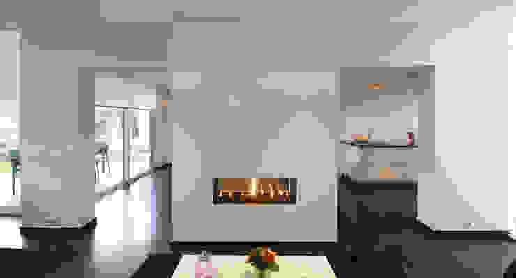 Aanbouw woning Landgraaf Moderne woonkamers van SeC architecten Modern