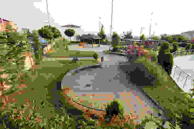Jardines de estilo mediterráneo de asis mimarlık peyzaj inşaat a.ş. Mediterráneo