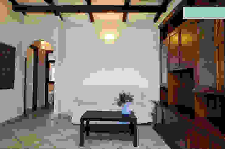 Mediterranean style dining room by ArchEnjoy Studio Mediterranean