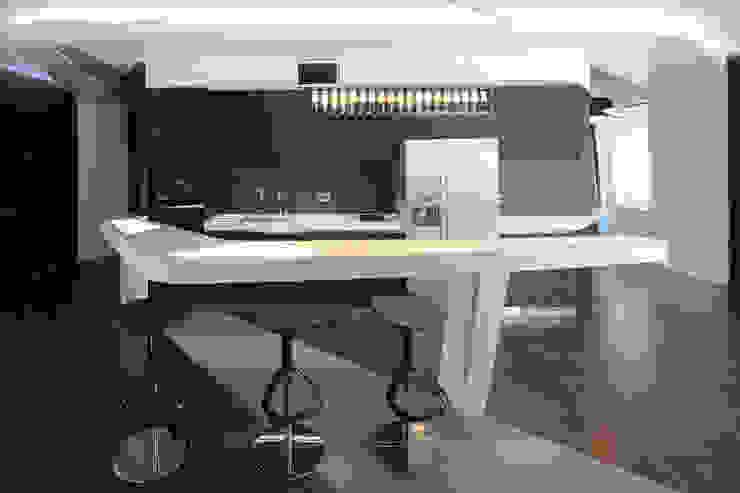 квартира на Масловке Кухня в стиле модерн от Disobject architects Модерн
