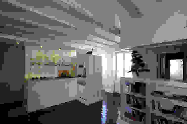 cuisine / salon / entrée Cuisine originale par Atelier S Éclectique