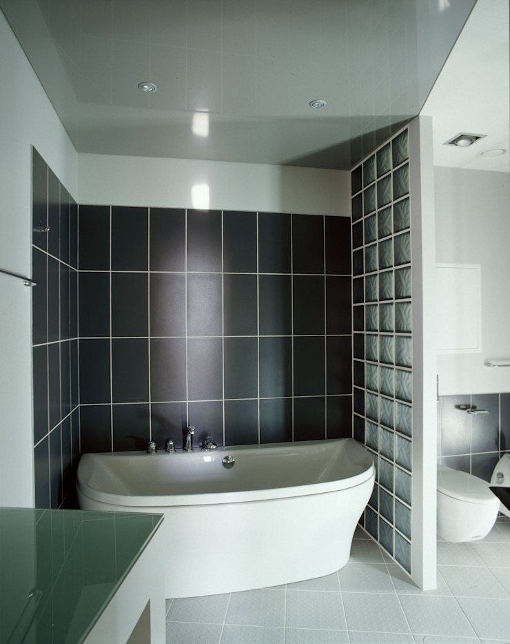 квартира на Авиационной Ванная комната в стиле модерн от Disobject architects Модерн