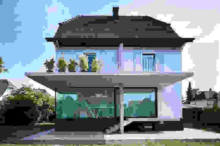 Wohnhaus Münchenstein von raeto studer architekten Modern