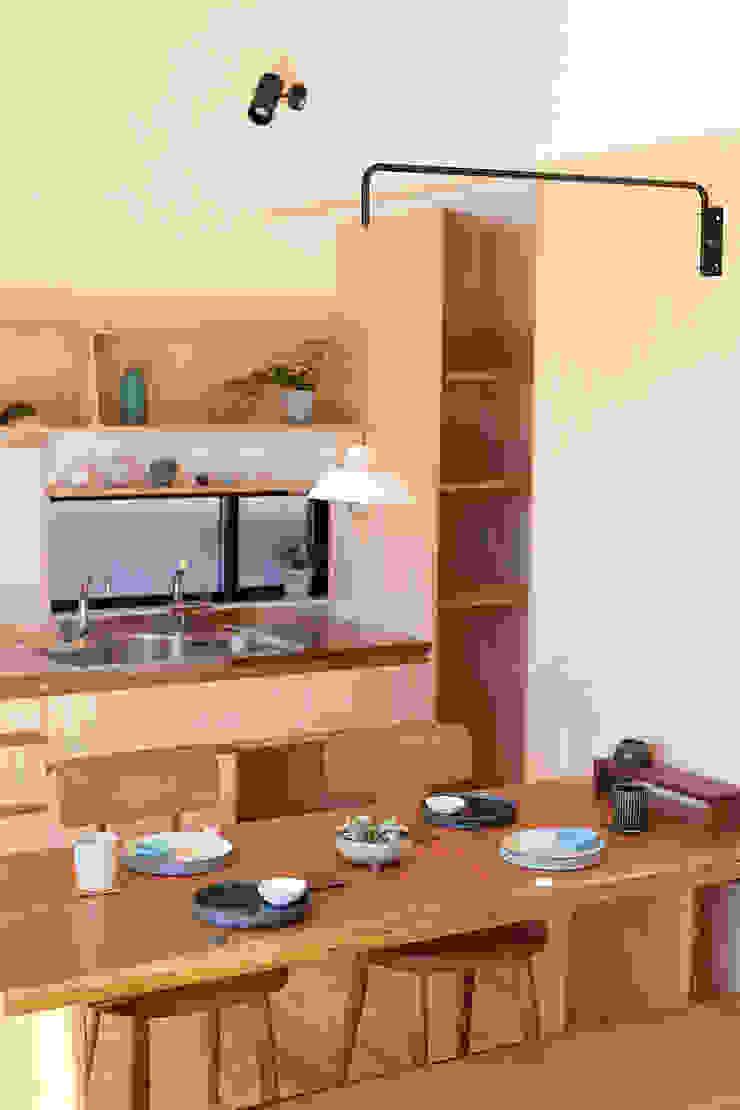 一級建築士事務所co-designstudio Dining roomCrockery & glassware