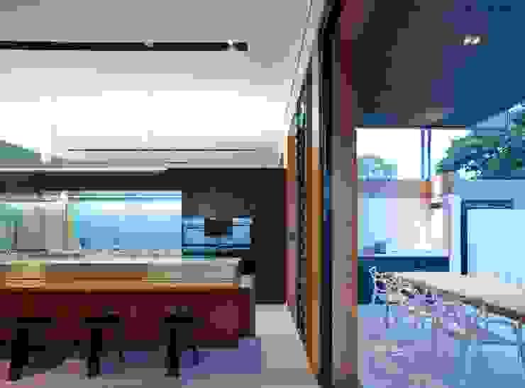 Projekty,  Kuchnia zaprojektowane przez Shaun Lockyer Architects, Nowoczesny
