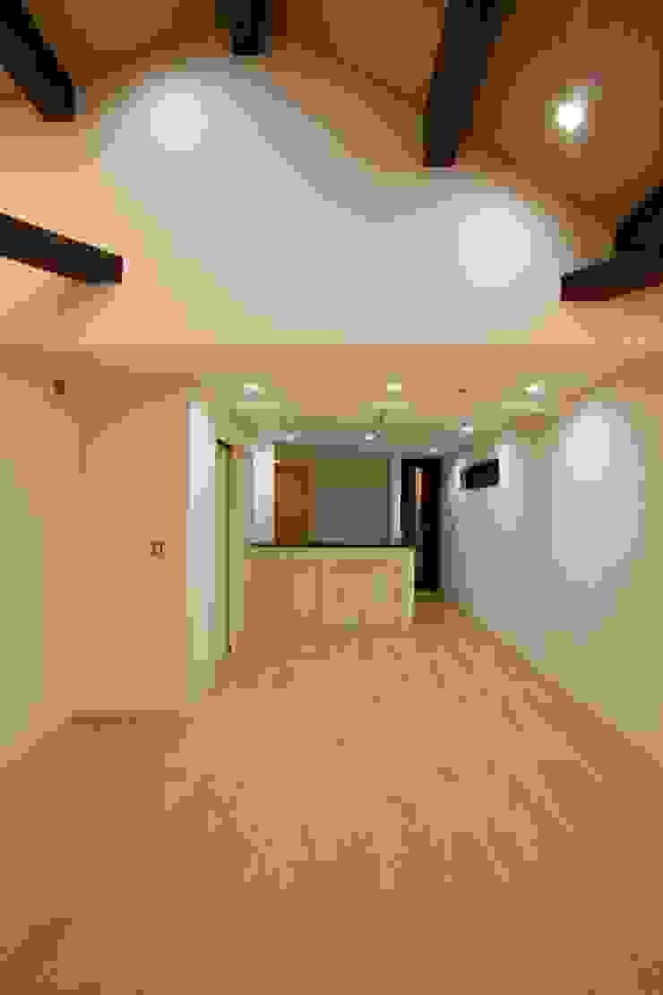 品川の住処 株式会社ハウジングアーキテクト建築設計事務所 和風デザインの リビング
