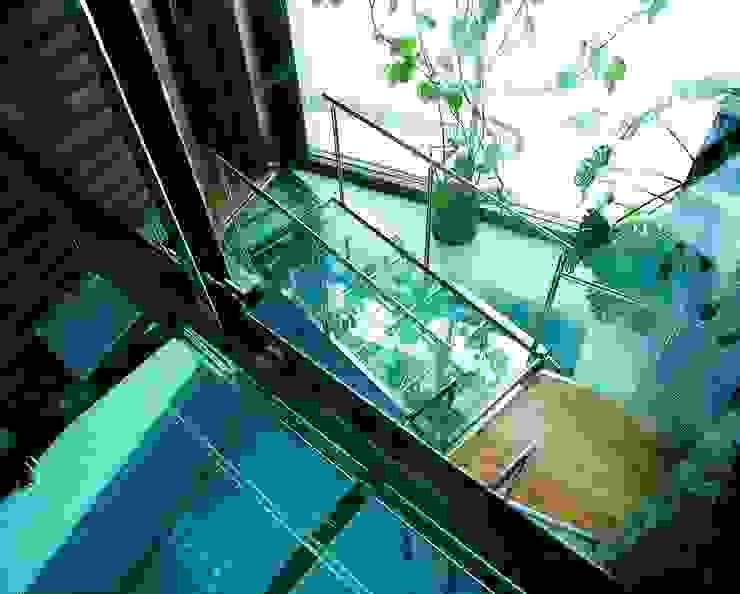 Баня в подмосковье Бассейн в стиле минимализм от ARP Studio Минимализм