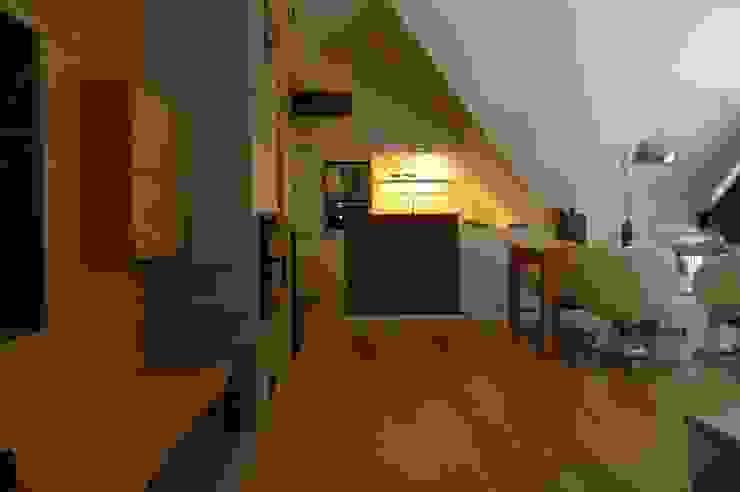 Moderne keukens van formativ. indywidualne projekty wnętrz Modern