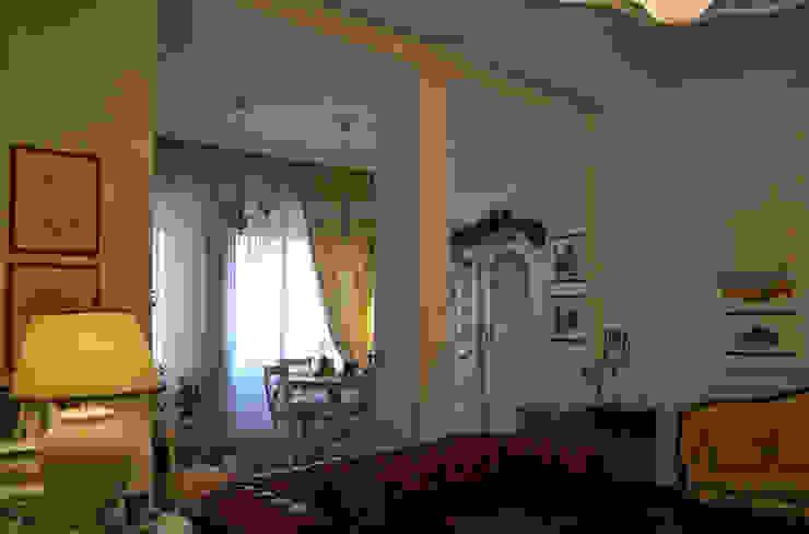 il soggiorno Sala da pranzo in stile classico di arch. Paolo Pambianchi Classico