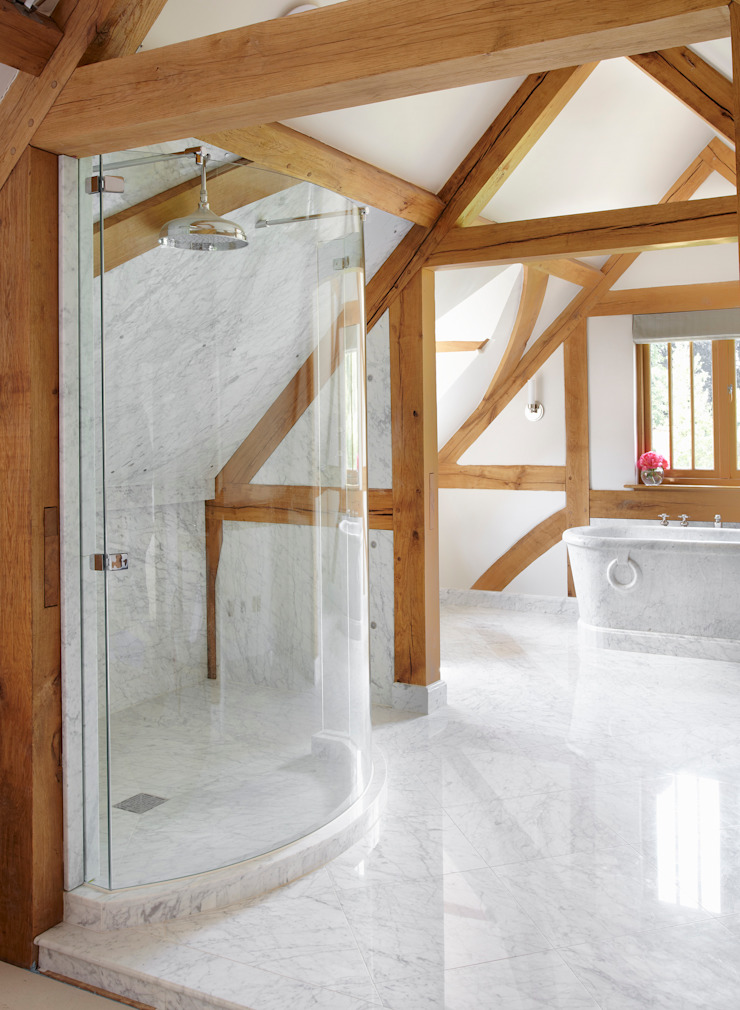 Country House Barn, Surrey: country  by Drummonds Bathrooms, Country