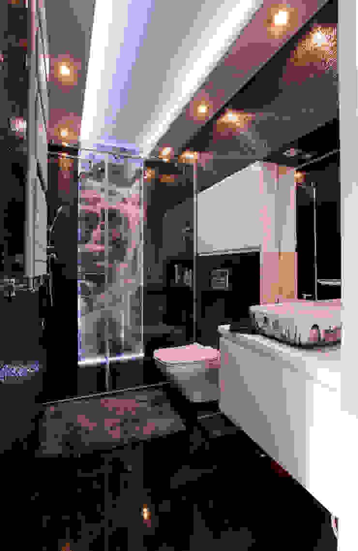 Luksusowe szarości Nowoczesna łazienka od Kameleon - Kreatywne Studio Projektowania Wnętrz Nowoczesny
