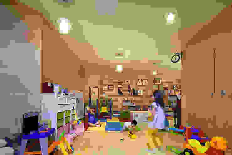Play room _interior: D-Werker Architects의 현대 ,모던