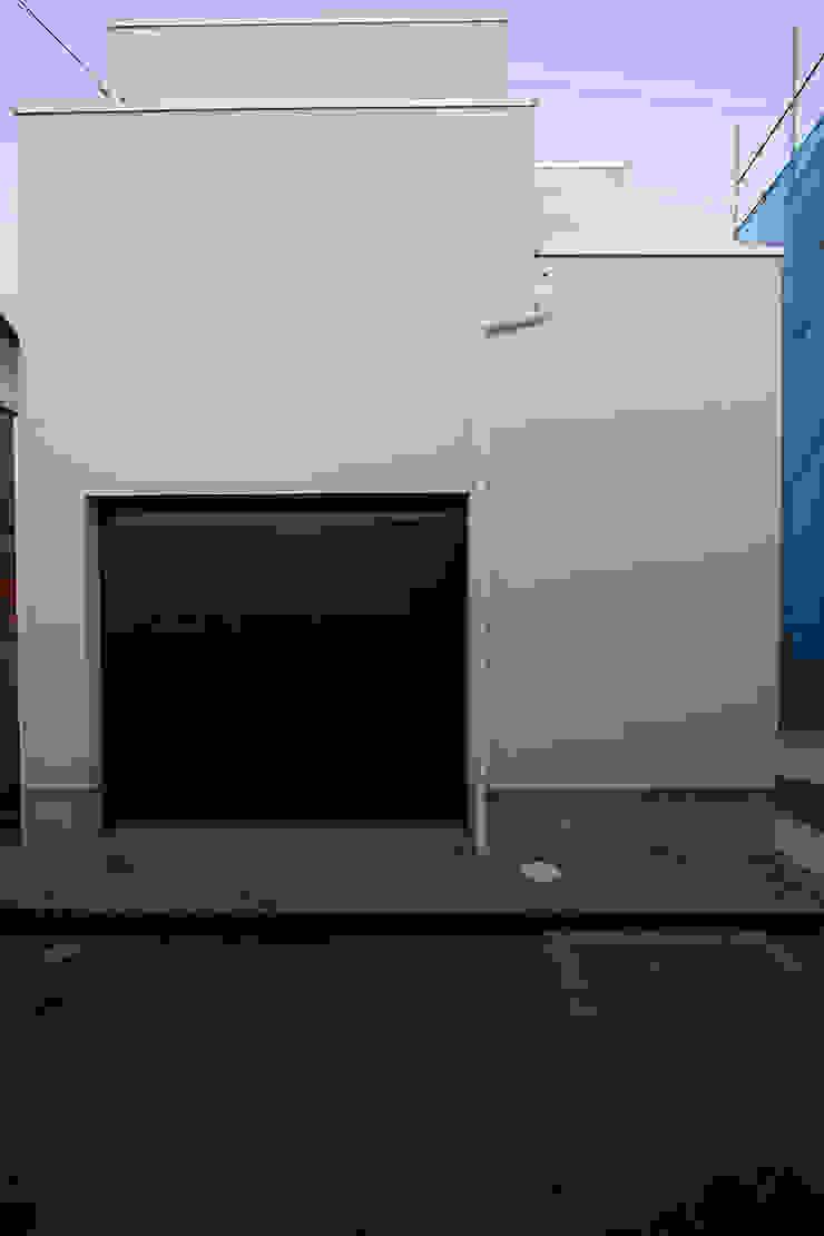 ガレージハウス 株式会社ハウジングアーキテクト建築設計事務所 オリジナルな 家
