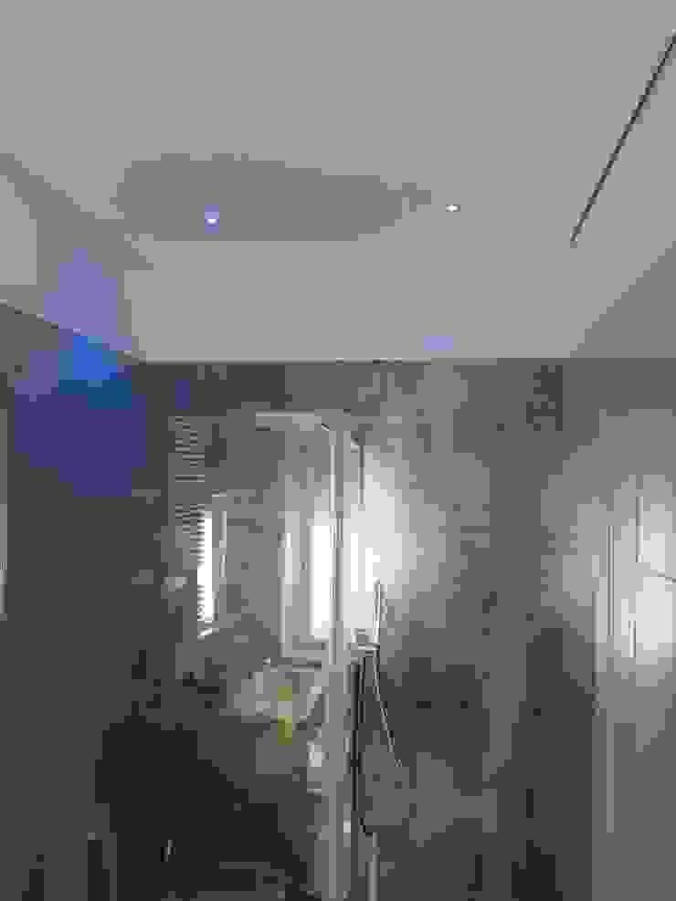 antonio giordano architetto Modern bathroom