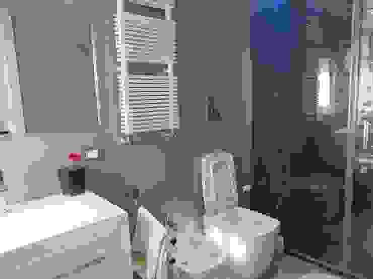 antonio giordano architetto Moderne Badezimmer
