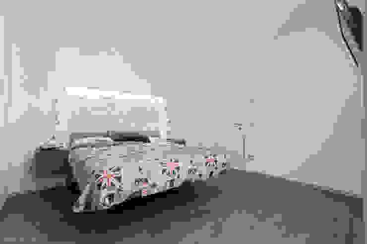 private house 13003 Camera da letto moderna di piccola bottega di architettura Moderno