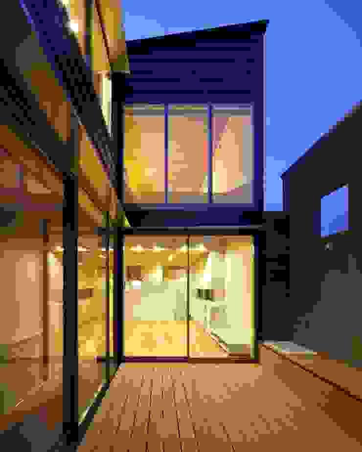 Minimalist style garden by 有限会社ミサオケンチクラボ Minimalist