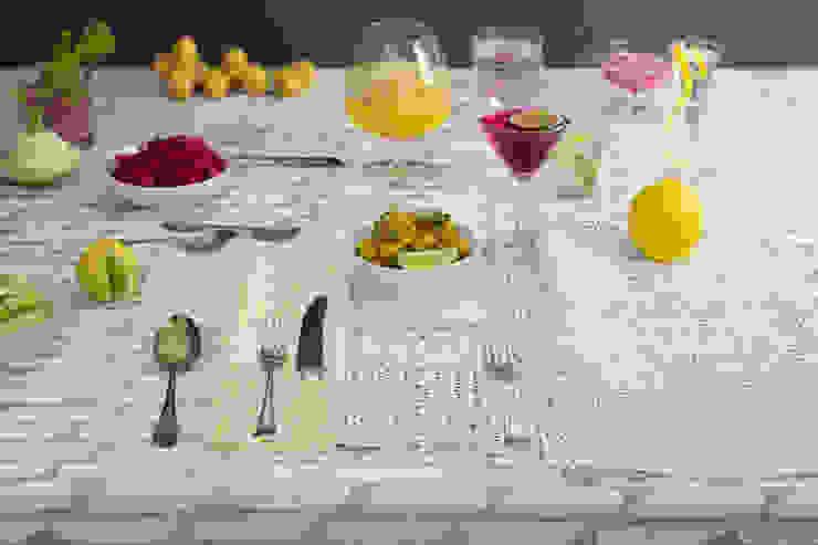 Confetti print napkins: modern  by Georgia Bosson, Modern
