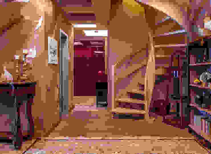 Остров Фантазий Коридор, прихожая и лестница в эклектичном стиле от МАРИНА БУСЕЛ интерьерный дизайн Эклектичный