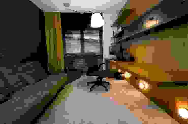 Apartament w Gdynia 2011 Nowoczesne domowe biuro i gabinet od formativ. indywidualne projekty wnętrz Nowoczesny