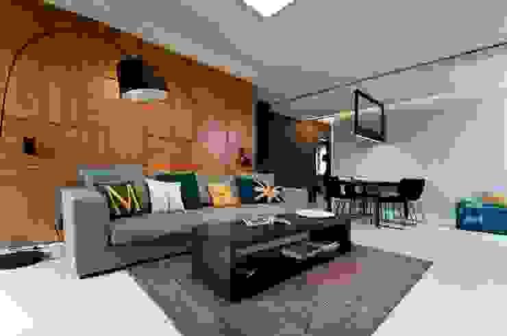 Apartament w Gdynia 2011 Nowoczesny salon od formativ. indywidualne projekty wnętrz Nowoczesny