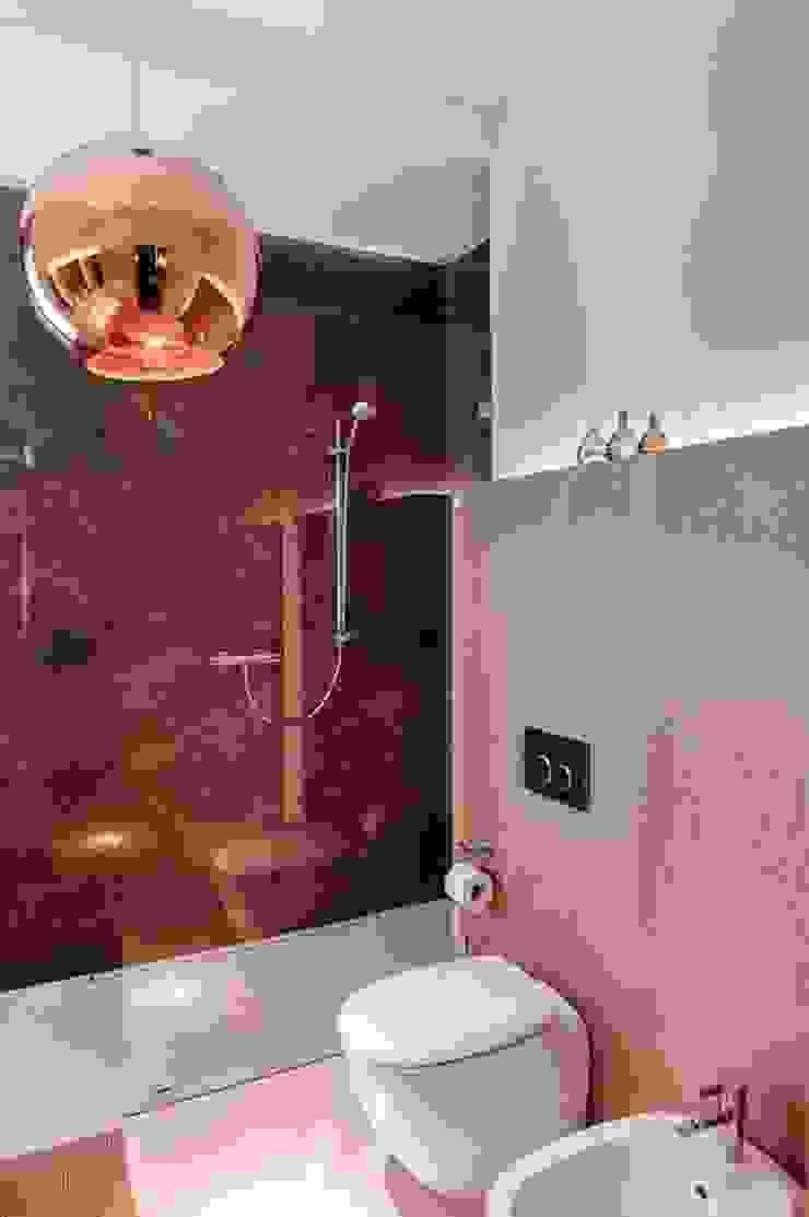 Dom prywatny 2012 Nowoczesna łazienka od formativ. indywidualne projekty wnętrz Nowoczesny