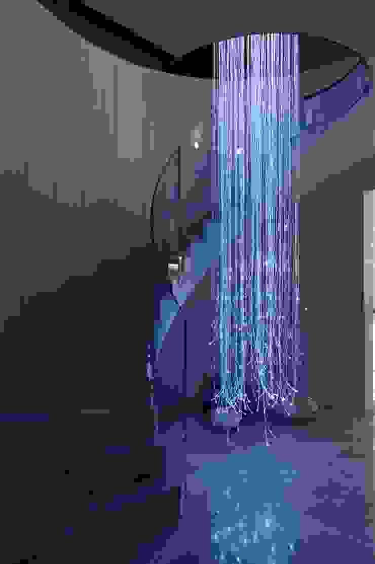 Dom prywatny 2012 Nowoczesny korytarz, przedpokój i schody od formativ. indywidualne projekty wnętrz Nowoczesny