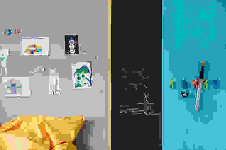 Детская комнатa в скандинавском стиле от formativ. indywidualne projekty wnętrz Скандинавский