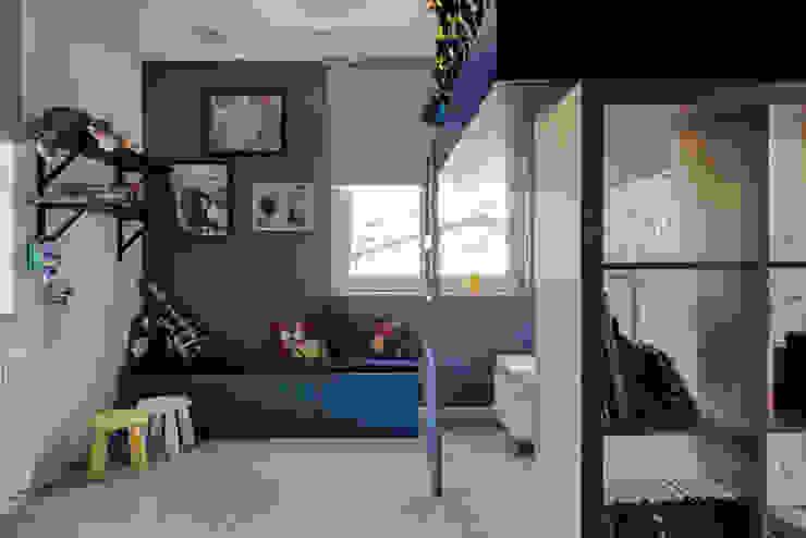 Dom prywatny 2013 Skandynawski pokój dziecięcy od formativ. indywidualne projekty wnętrz Skandynawski