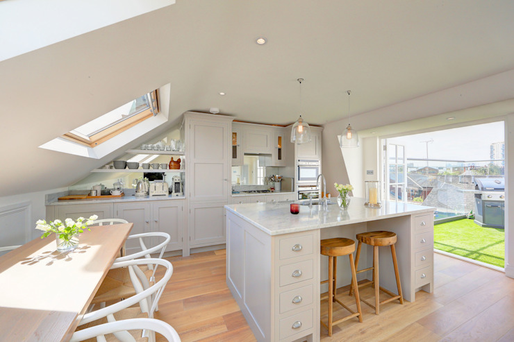 loft with rear mansard and roof terrace fulham Modern kitchen by homify Modern