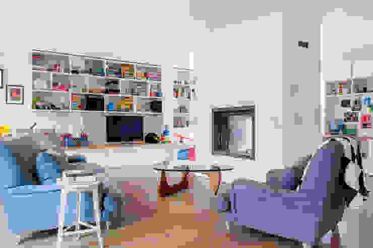LFH Residence Salas de estar modernas por deDraft Ltd Moderno